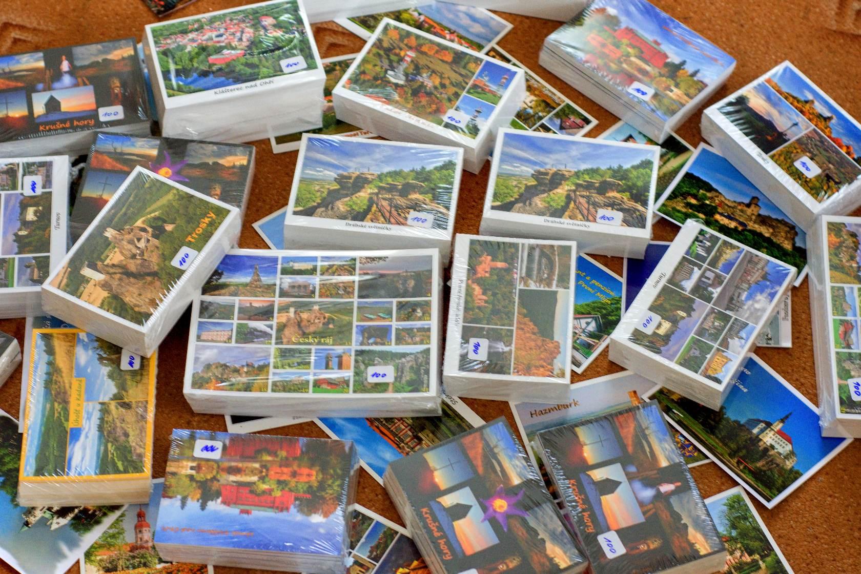 Posíláte pohlednice?